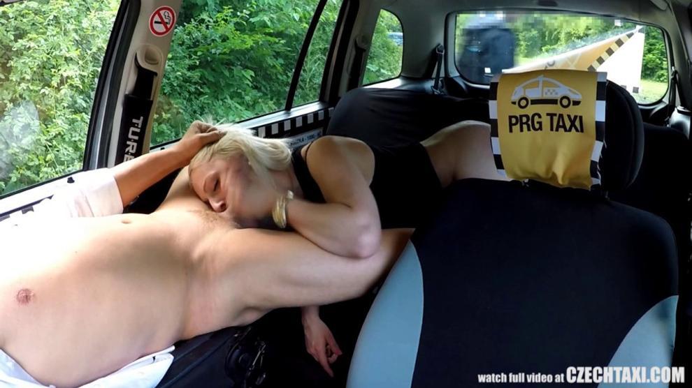 Unbelievable Reality - Strangers Voyeurs Watching Czech TAXI car in action - CzechTaxi