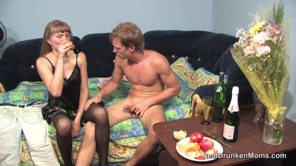 Mature Elena Fucks with young
