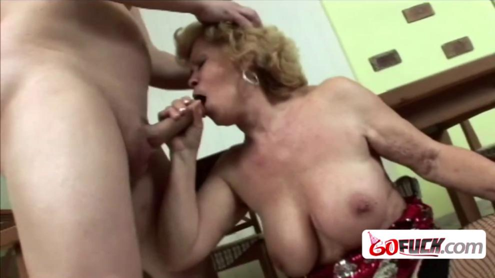 Short haired blonde busty granny with beautiful round tits sucks small phat dick