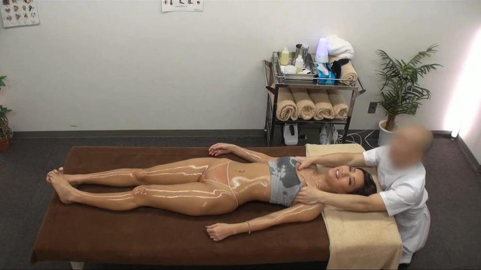 gals massage Asian