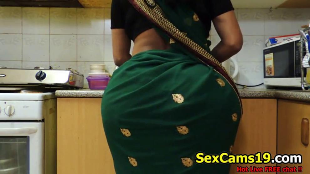 Indian Bhabhi Huge AssIndian Assa
