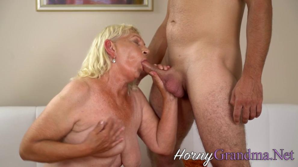 Old Lady Gets Fingered and Fucked