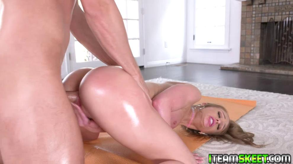 Busty blonde rides her pussy on top of instructors man meat (Daisy Stone)