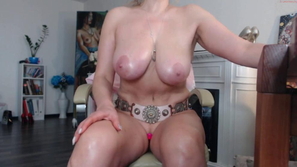 Squirtmilfpussy