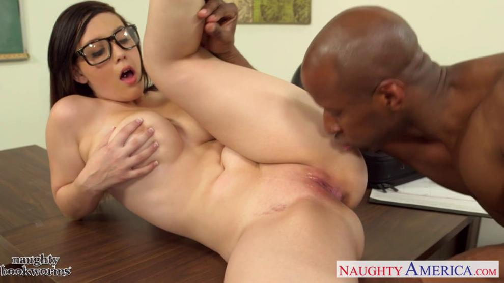 Noelle Easton Gets Cum Over Her Feet And Toes Tnaflix 1