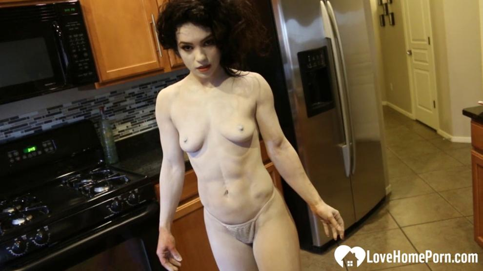 LOVEHOMEPORN - Hot babe gets sprayed into a clown costume