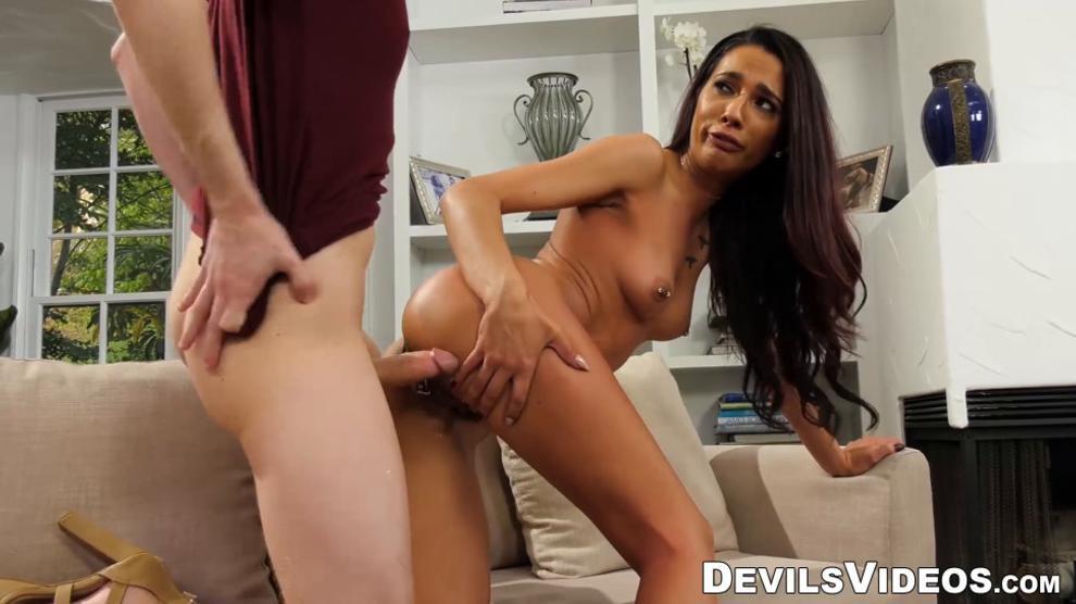 DEVILS VIDEOS - Stepbro decides to help stepsis get revenge on her boyfriend