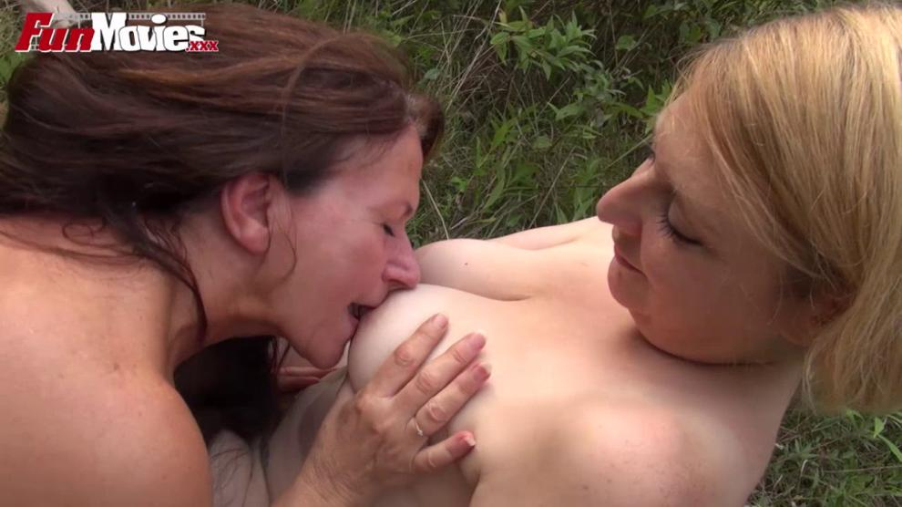 FUNMOVIES - Amateur Mature Lesbians fucking in the forest
