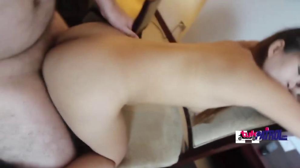 Asian cutie blowing fat stiff cock