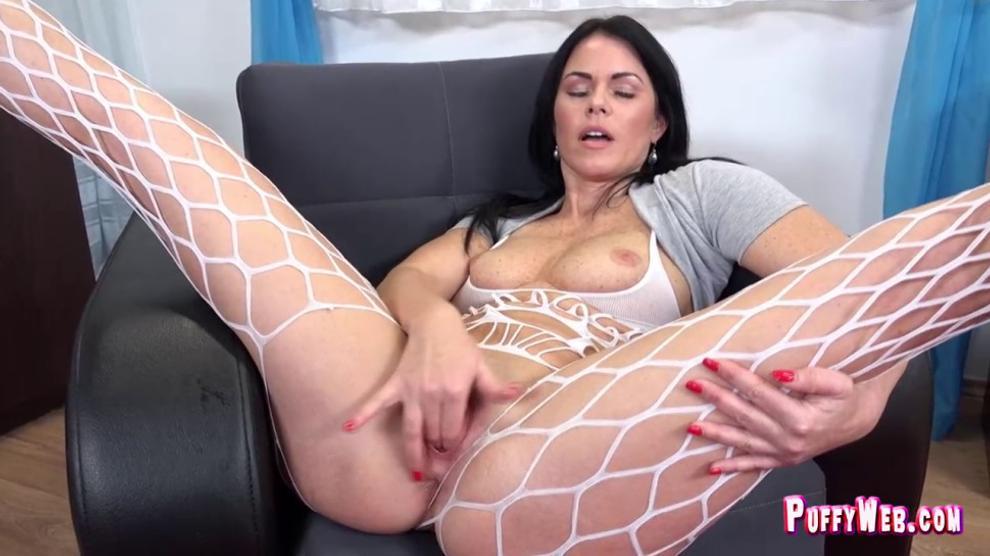 Sexy MILF with big booty enjoying masturbation