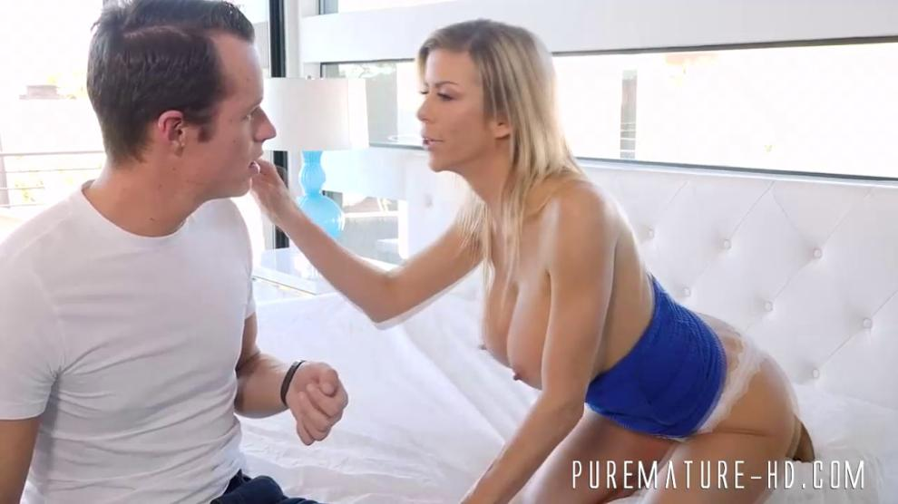 Sexy MILF loves to fuck hard with a big cock
