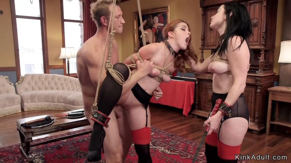 Uncensored paris hilton boob slip photos