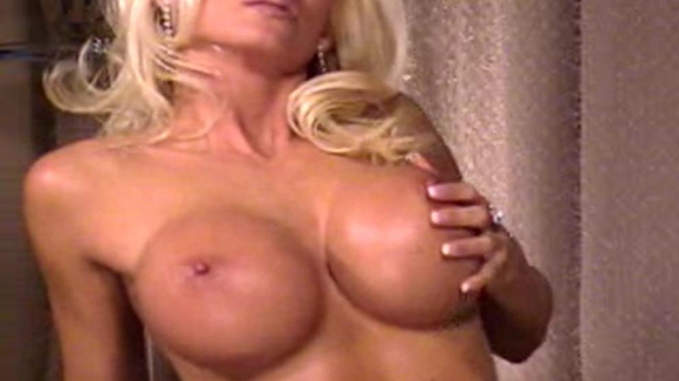 Porn Images Mom sucks black cock