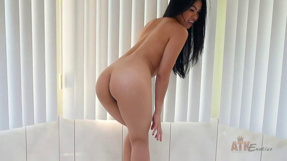 ATK Petites - Cindy Starfall - video 1