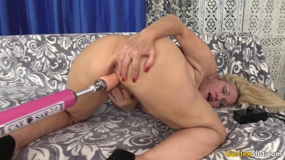 Orgasmic Machine Sex with Busty Blonde GILF Cala Craves