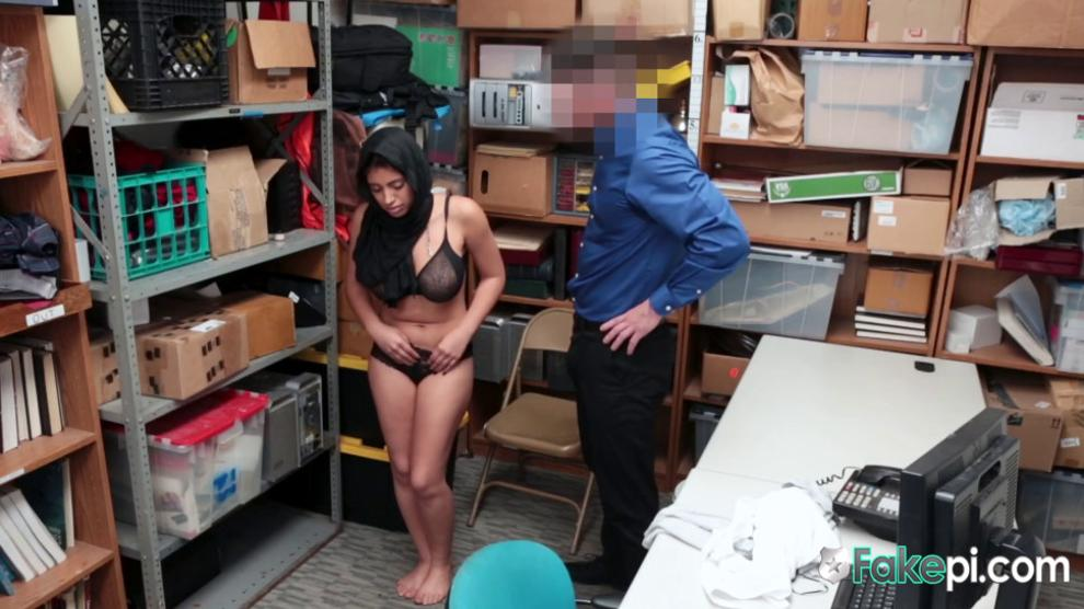Kinky investigator fucks a horny muslim chick on his desk