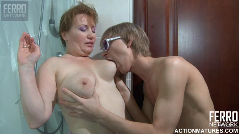 Russian mature Flo and Benjamin