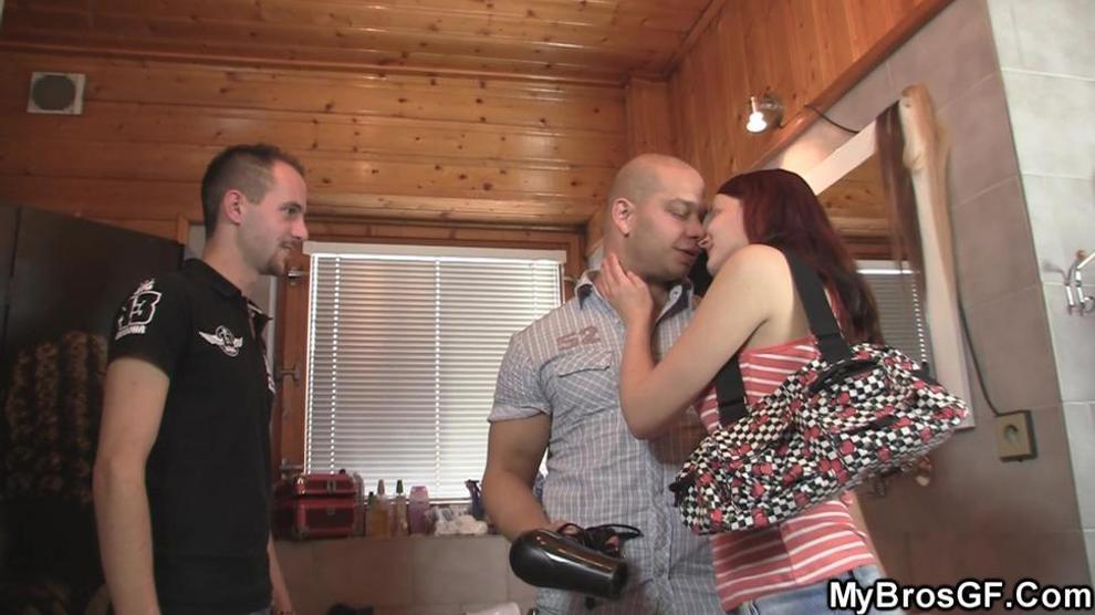 MYBROSGF - Seducing my brothers girlfriend into sex