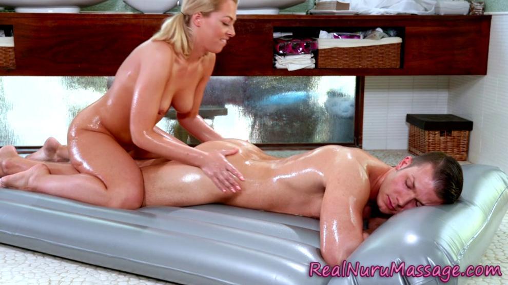 Stunning Blonde Masseuse Reveals Her Hot Body For Lesbian 1
