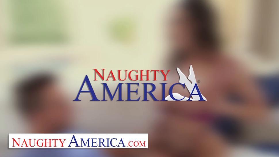 Naughty America Sarah Jessie shows neighbor how wet her plumbing gets