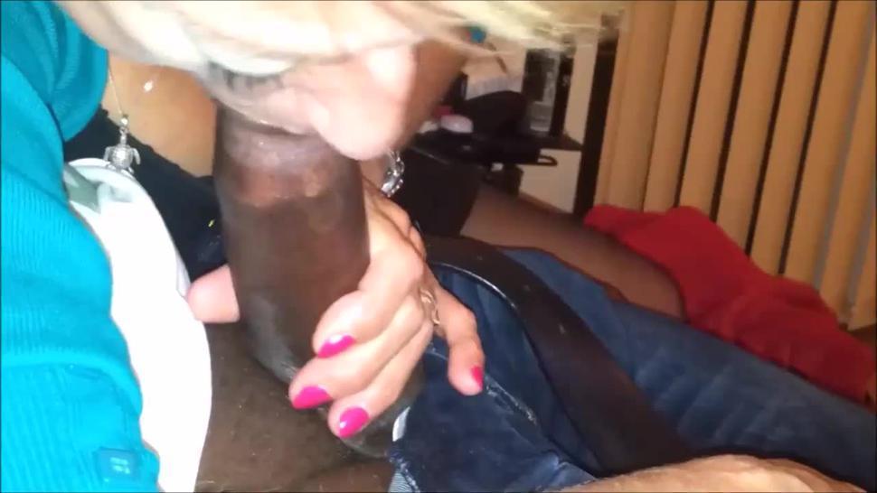 Mature lady sucking bbc and drink cum