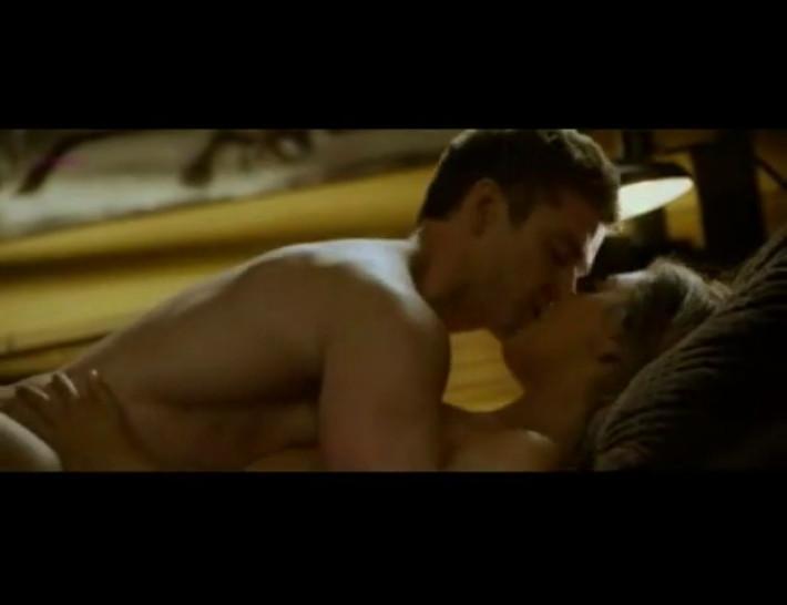 Mila Kunis sex scene - Friends with benefits
