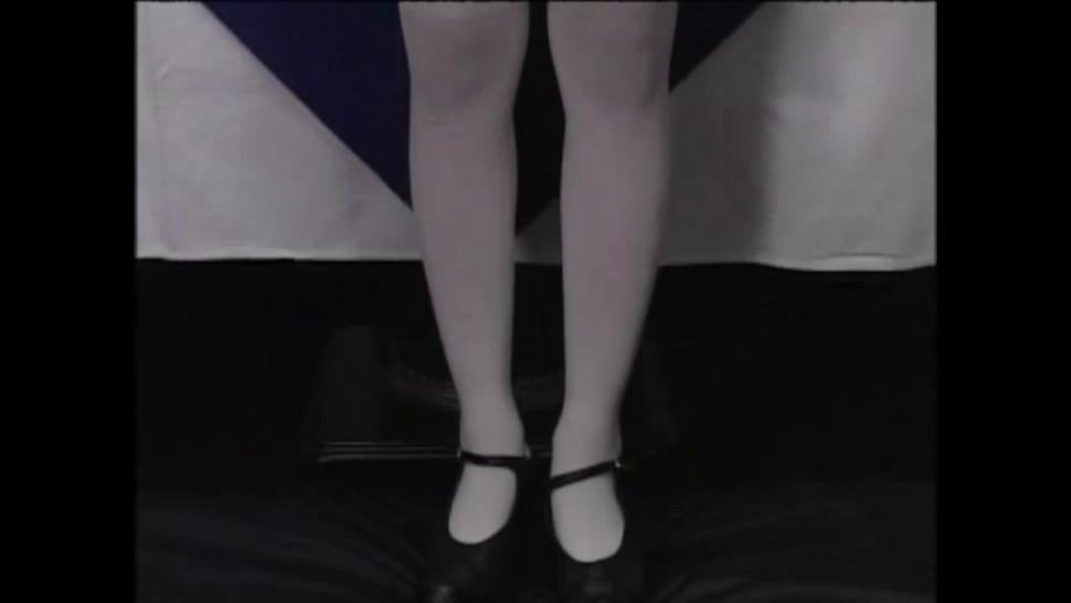 Japanese Teen is addicted to cum - Japanese Bukkake Orgy - JapaneseBukkakeOrgy