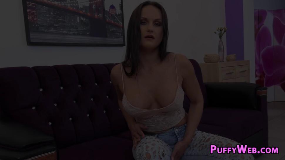 Voluptuous bitch pissing and masturbating