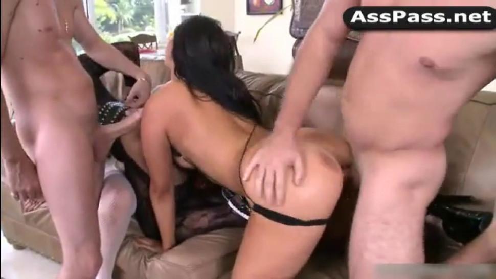 Group fuck with pornstars Jessica Lynn, Mercedes Lynn, Heather Scarlet