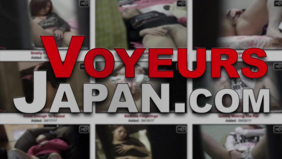 VOYEUR JAPAN TV - Japanese babe fingers pussy and tweaks nips