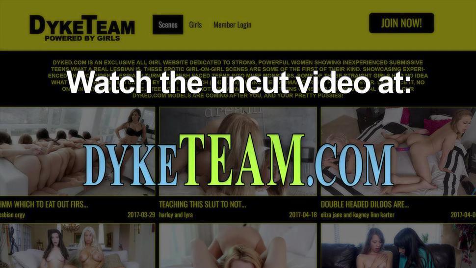 Face ridden teen lesbian gets tribbed