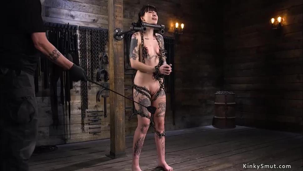 Alt slave hard whipped in bondage