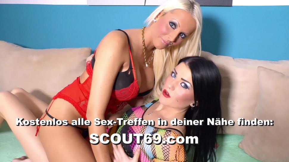 SCOUT69 - German Curvy Cougar Masturbate while Webcam with Online Date