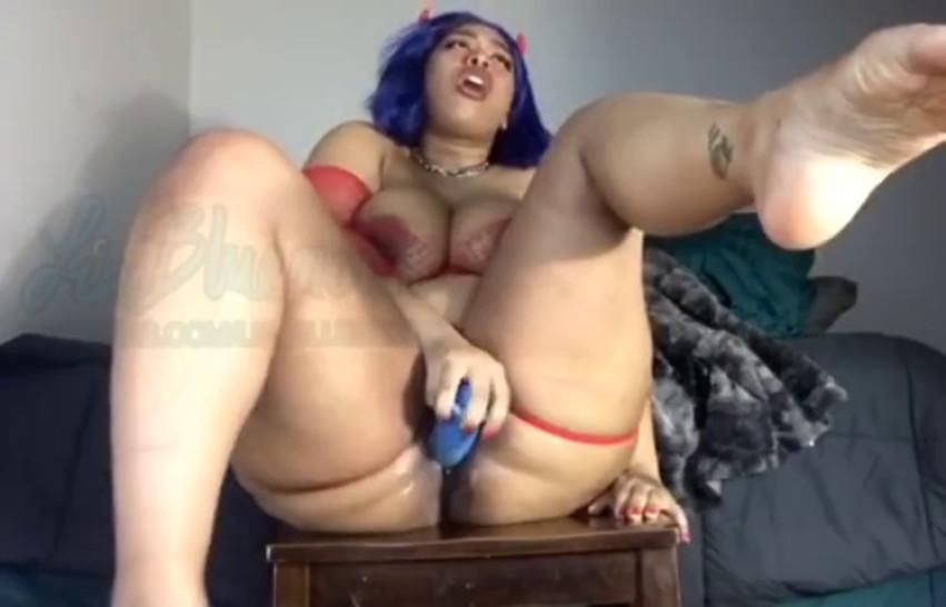 Thick mixed Latina slut squirts like a fountain