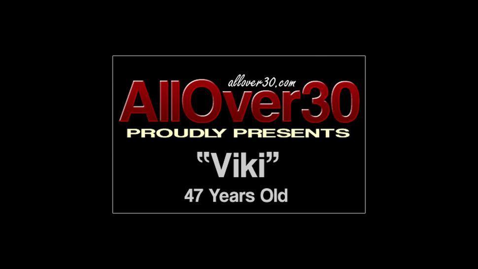 Mature Blonde Viki In Solo Action - Viki DDF