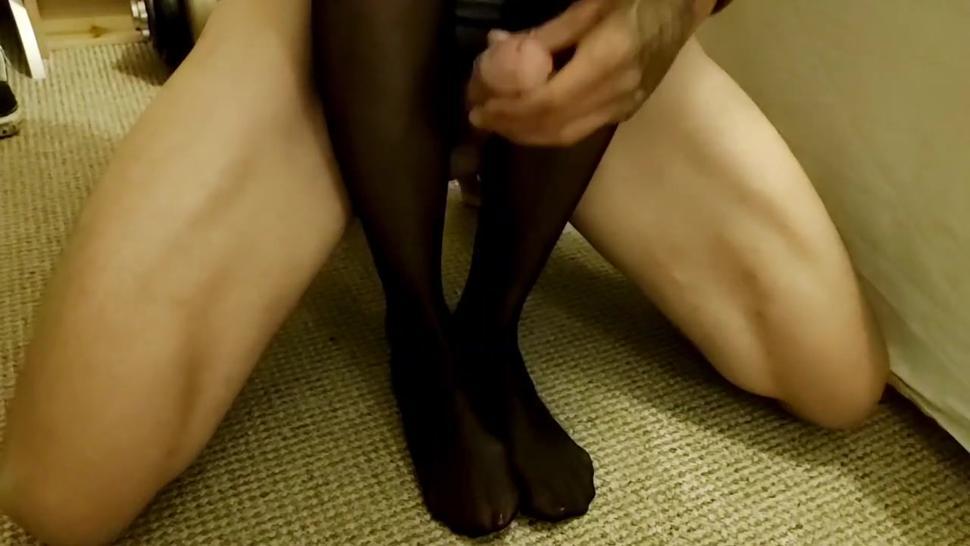 Pantyhose legjob with huge cumshot for nylon worshipping slave!!!