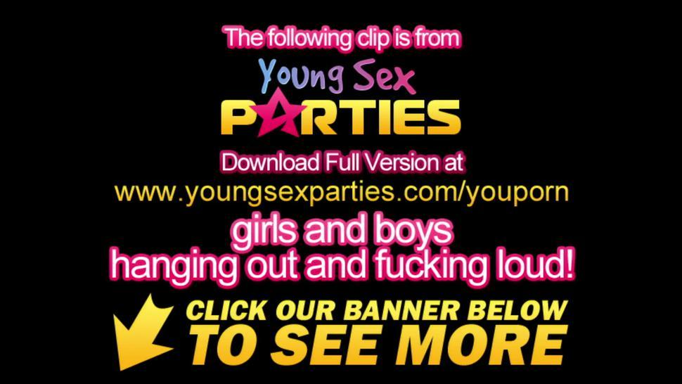 Young Sex Parties - Blonde teeny taking two cocks