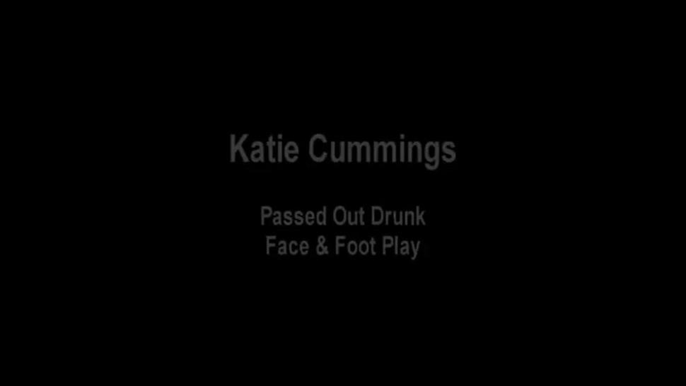 Katie Cummings sleepy feet