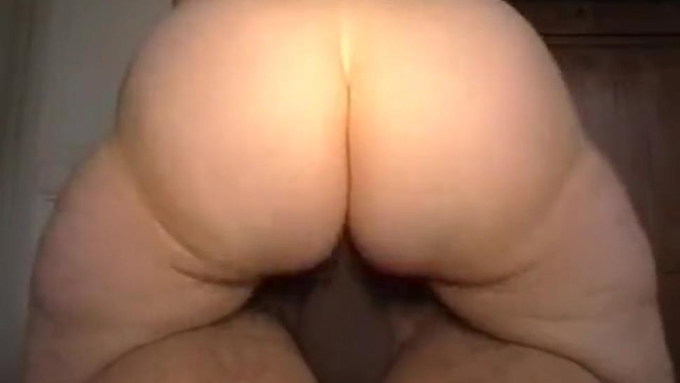70 Year Old White Big Booty Slut Cums Rough On Bbc