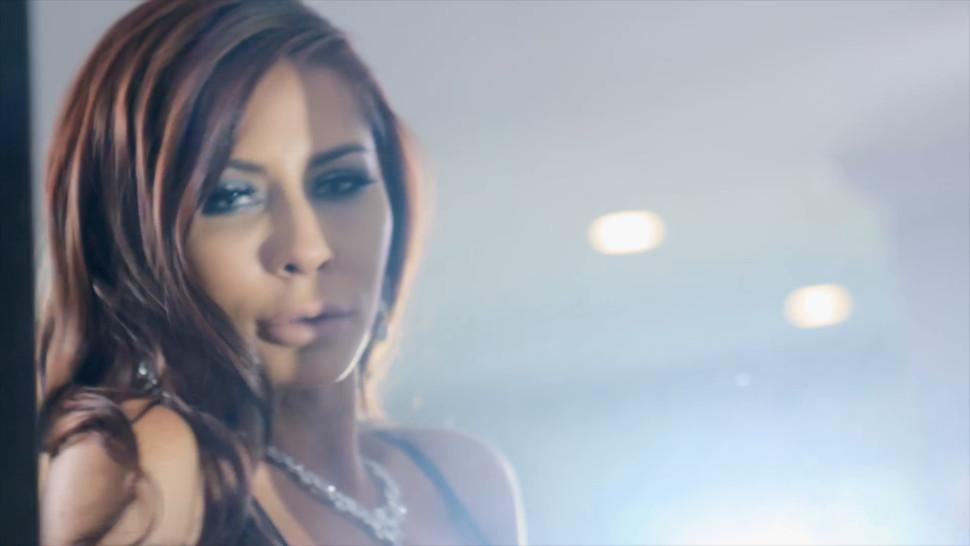 Brazzers - Layla Love Scott Nails - Vibing