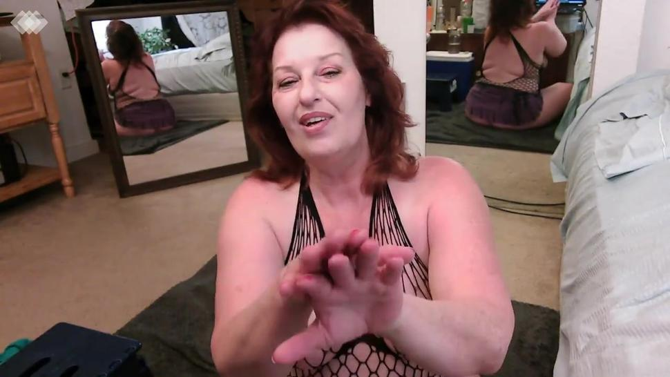 V 468 A new JOI video, soft smooth hands to kiss and lick and cum on