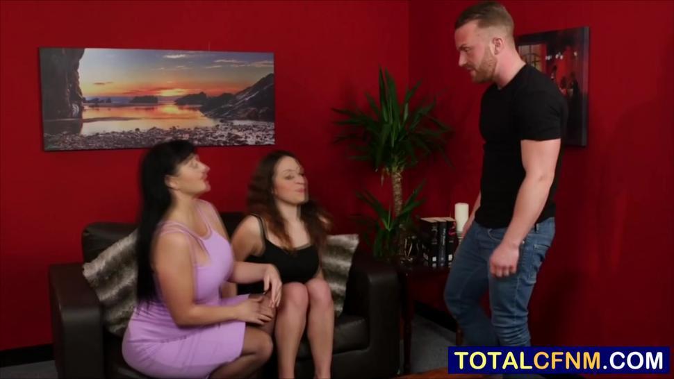 Milf gives a master class on deep dick sucking