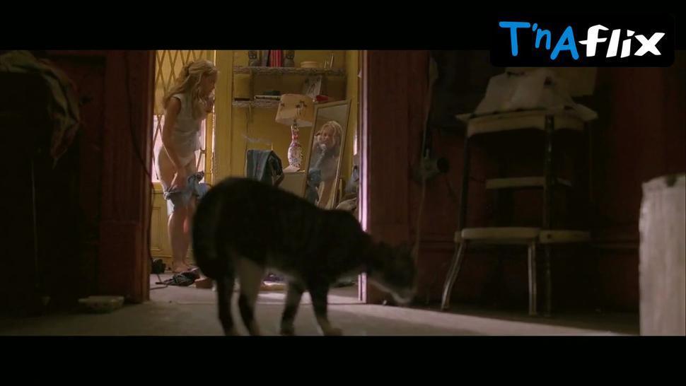 Piper Perabo Underwear Scene  in Coyote Ugly