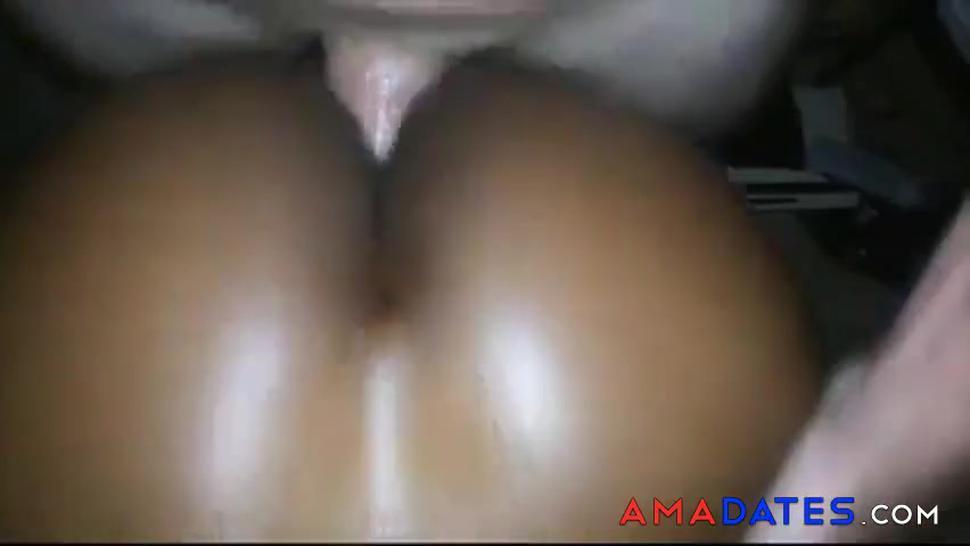 Amateur black girl gets anal pounding