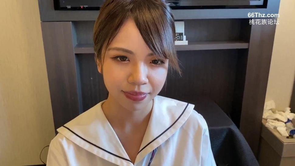 Real Japanese Prostitute gives Blowjob in a Hotel