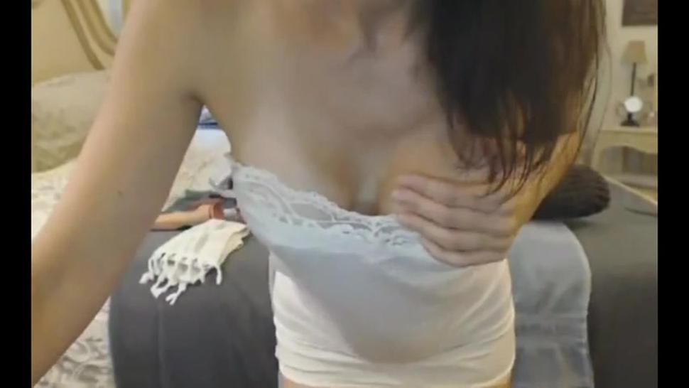 Hot MILF Fucks Her Pussy Hardcore