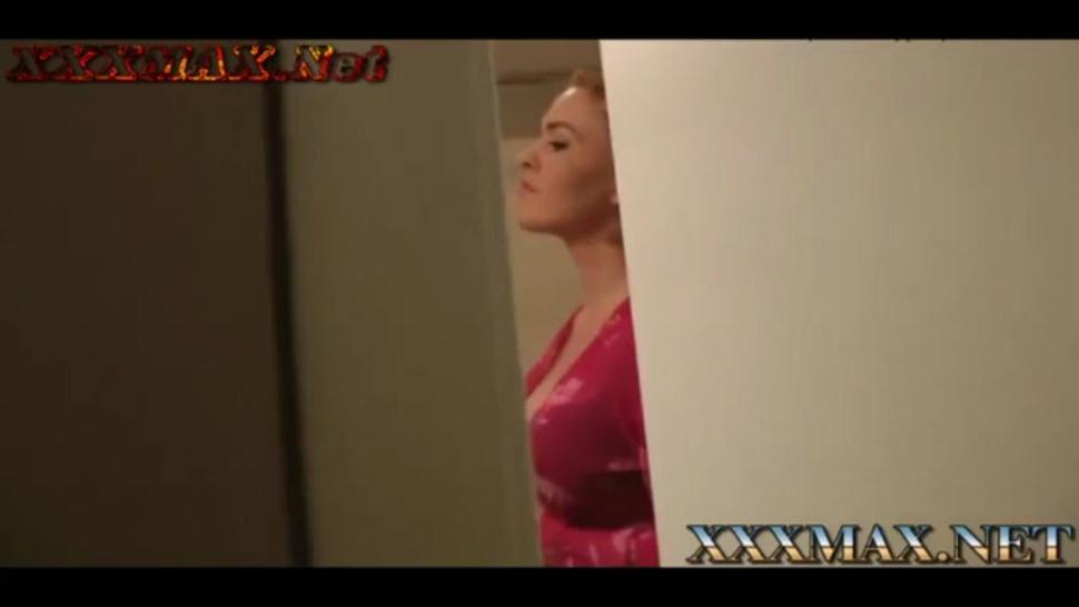 Surprise mom in shower