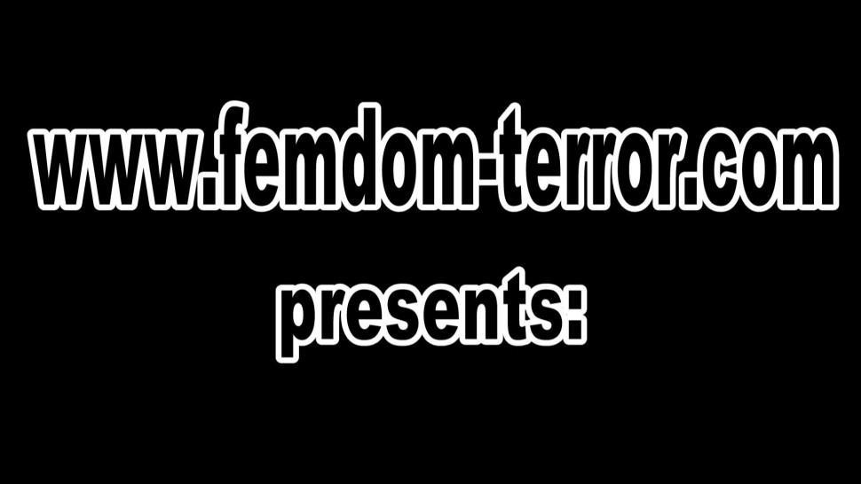CHOKE AUSTRIA - Femdom Ladies chokes slaves