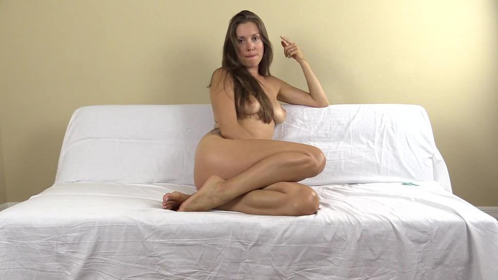 Lelu Love - You will never screw me like this loser