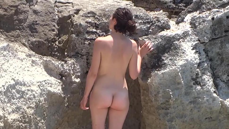 Naked Natural Beauty With Utterly Delectable Body Enjoys Taking Photos On The Spanish Nude Beach